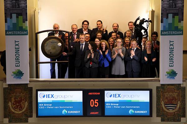 Mediabedrijf IEX-Group op Amsterdamse beurs