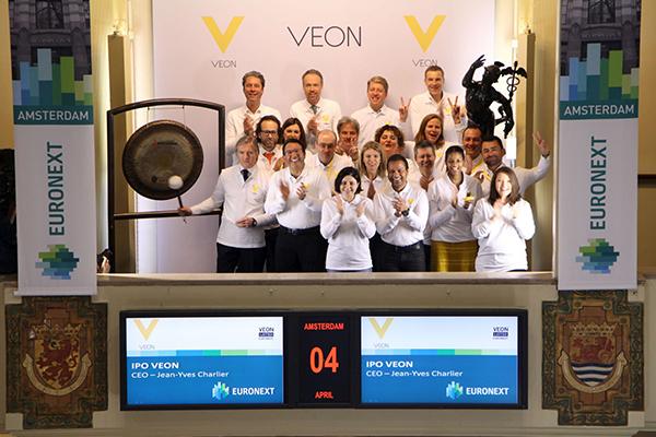 Techbedrijf VEON, oorsprong in Rusland, gaat naar de beurs