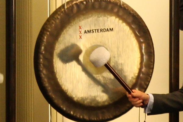 Schorsing gongceremonie in verband met uitbraak corona virus